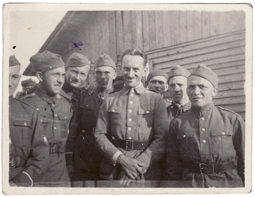 Ryszard Siwiec (third from the left) in the army